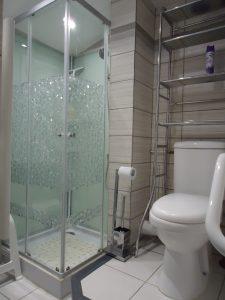 salle de bain 2eme etage cote wc