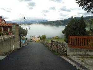 sortie village de molitg avec nuages